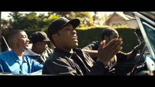 Straight Outta Compton Scene (Dr. Dre ft. Snoop Dogg - Nothin' But a G Thang)