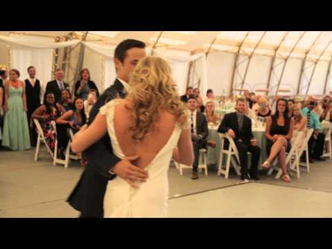 BEST Funny Surprise Bride And Groom First Dance EVER