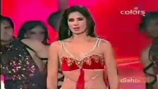 Katrina Kaif's HOTTEST BOOB shake ever!!!