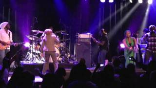 Queen Ifrica - Sensimillia [Live in Eindhoven, Holland 1/27/2010]
