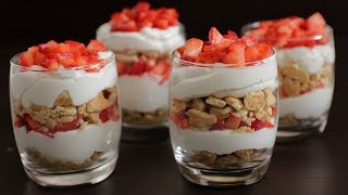 Easy Strawberry and Cream Dessert