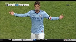 GOLAZO: David Villa scores an incredible goal from 50 yards away