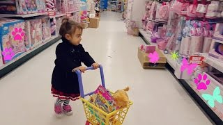 Cute Little Girl  Doing Shopping -TOYS