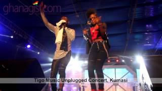 "Okyeame Kwame and MzVee perform #SmallSmall at ""Tigo Music Unplugged Concert"""
