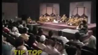 Akhiyan Udeek Diyan Dil Vaaja Maarda Full Qawwali - Nusrat fateh Ali Khan Live in Concert