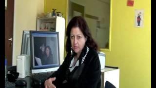 GR09 Albanian woman