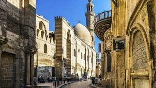 جولة في شارع المعز. Cairo
