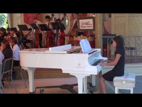 Bella's Lullaby --- Challenger Orchestra Featuring Rhea Lin's solo in Piano