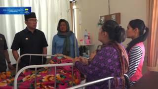 Ridwan Kamil Bagi-bagi THR di Rumah Sakit Santo Yusuf