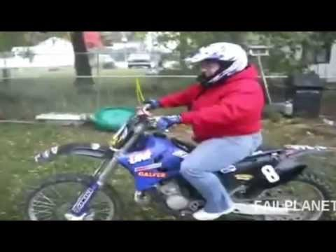 Videos Graciosos De Mujeres En Moto