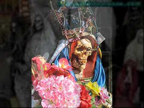 el beso de la muerte regulo caro