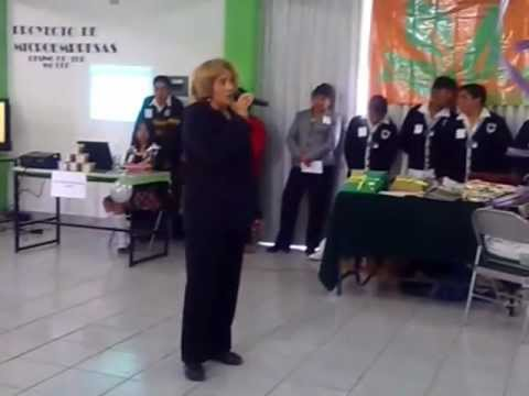 PROFESORA DEL CBT DR. ALFONSO LEON DE GARAY CANTANDO