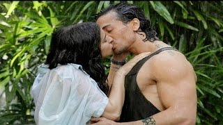 Tiger Shroff Shraddha Kapoor Hot Romance in the movie Baaghi