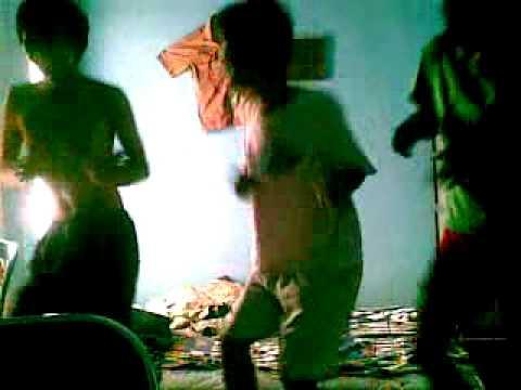 funniest three musketeer dance video..!!