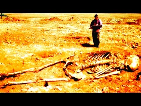 32 Feet Giant Skeleton Found In India – Hindu God Hanuman?