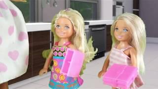 Rodzinka Barbie - Tola zasypia na lekcji. Bajka dla dzieci po polsku. The sims 4. Odc. 67