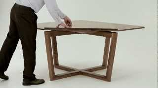 SEER table in walnut - amazing expanding table