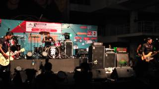 [HD]SUPERMAN IS DEAD★'Kuta Rock City'★Live at Cyberjaya, Malaysia 15/11/2014