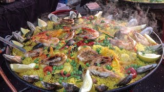 Cooking Huge Spanish Paellas and Tortillas. London Street Food