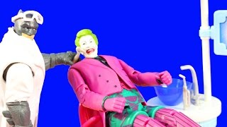Joker Dreams Of Going To The Dentist Batman Surprise Dentist With Barbie & Harley Quinn