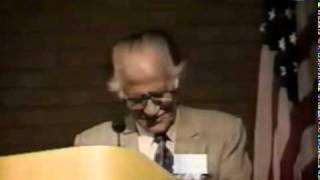 ND _ Ahmed Nadeem Qasmi reciting poetry in Michigan USA [احمد ندیم قاسمی]