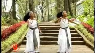 Halloo Daawwee   Obboleeysi (Oromo Music)
