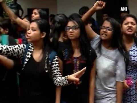 Students take to street to protest rape of NIFT girl - ANI News