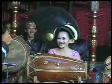 Download Lagu SRIHUNING kendang Rini,by.Campursari Tokek Sekar Mayank(call:+628122598859) MP3