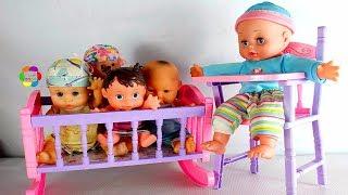 لعبة تأكيل العروسة البيبى والكرسى والسرير للاطفال احمل العاب تلبيس العرائس والدمى للبنات والاولاد