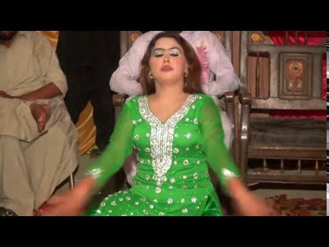 Mujra 2017.Zahid manzoor Wedding D.G khan