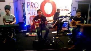 Funcoustic - Siapa Yang Pantas (Domino Cover) live at Net's Fun Cafe & Coffee Shop [13 Des 2015]