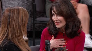 Robin McGraw Surprises The First Woman Who Used The Robin McGraw Revelation Products With A Gift …