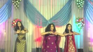 07 - QOI + UT Beauties - Dance