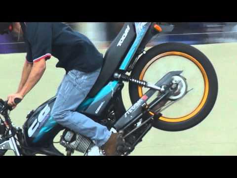 Quarta Verde Maneuvers Manobras De Motos Wheeling Freestyle RL Autodromo De Campo Grande MS