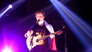 Ed Sheeran - Lego House live @Lille + surprise