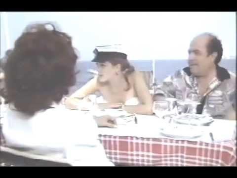 Lino Banfi cinque aragoste e 2 uova al tegamino avec du cristal