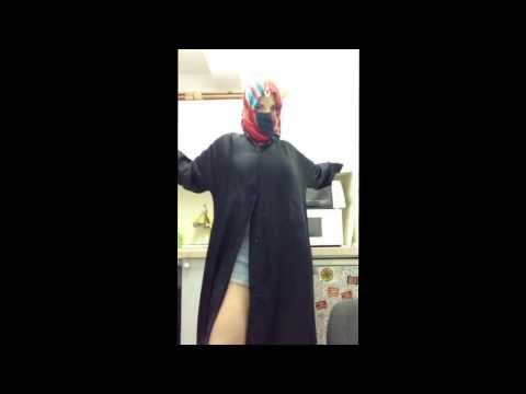 Sexy Arab Girl Dances in Abaya