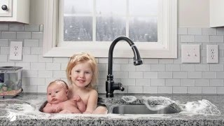 Baby Sister Sink Bath - Behind the scenes
