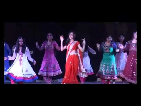 atamjeet dance institute show 2012.....chammak challo chail chabili.....rowdy rathore