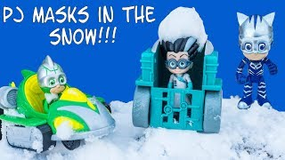 Assistant Plays with PJ Masks in the Snow with Gekko and Catboy and Owlette Toys