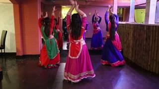Kajra Re / Bunty Aur Babli / Dance group Lakshmi / Bollywood evening in Karachi darbar restaurant