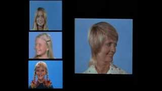 Brady Bunch Avoid Eye Contact