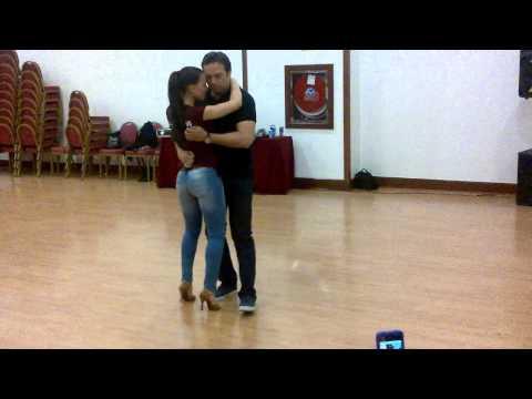 Pablo y Julia Kizomba Feeling Workshop Titiriti Calo Pascoal