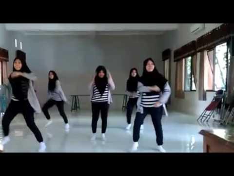 Xxx Mp4 Modern Dance Cover SMA 2 BAE Kudus 3gp Sex