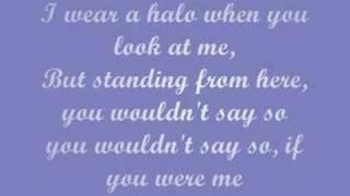 Halo - Haley James Scott (lyrics)