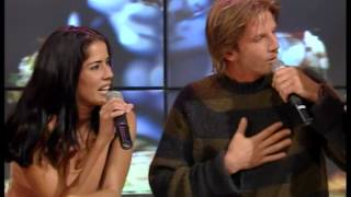 Gianella Neyra y Facundo Arana en vivo - Versus