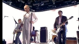 R.E.M. - Aftermath, T4, Studio 1, Channel 4 HQ, London, England, 15 September 2004