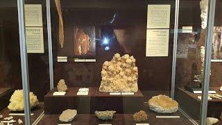 متحف كهف الهوتة متحف من الصخوروالتراث الطبيعي عمان