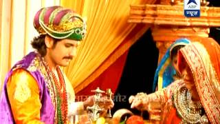 Akbar and Jodha come face to face, but why doe she run away?