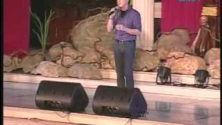 Gino Padilla singing Power of Your Love in Santo Domingo Church